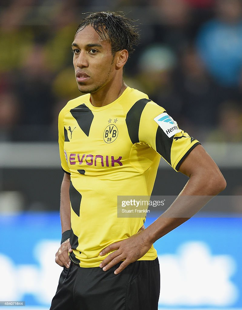 <a gi-track='captionPersonalityLinkClicked' href=/galleries/search?phrase=Pierre-Emerick+Aubameyang&family=editorial&specificpeople=6344916 ng-click='$event.stopPropagation()'>Pierre-Emerick Aubameyang</a> of Dortmund looks dejected during the Bundesliga match between Borussia Dortmund and Bayer 04 Leverkusen at Signal Iduna Park on August 23, 2014 in Dortmund, Germany.