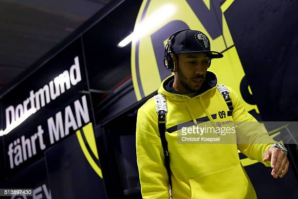 PierreEmerick Aubameyang of Dortmund walks out of the bus prior to the Bundesliga match between Borussia Dortmund and FC Bayern Muenchen at Signal...