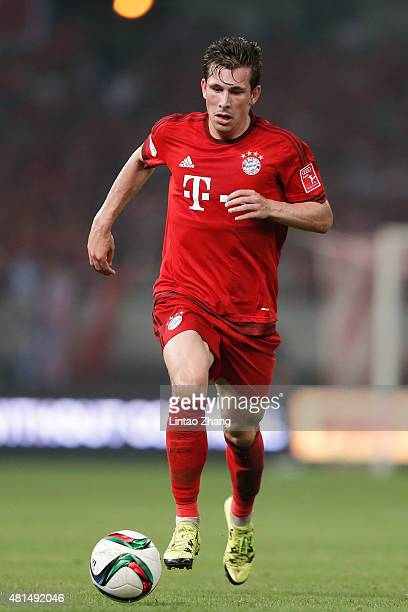 PierreEmile Hojbjerg of FC Bayern Muenchen in action during the international friendly match between FC Bayern Muenchen and Inter Milan of the Audi...