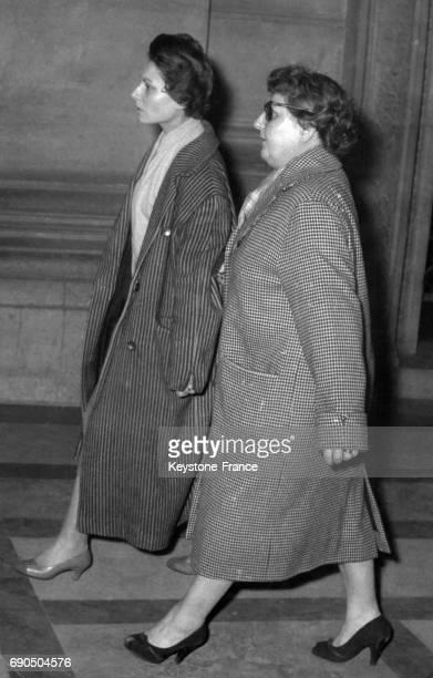 Pierrette Fesch la femme et la bellemère de Jacques Fesch lors de son procès devant les assises de la Seine à Paris France le 3 avril 1957