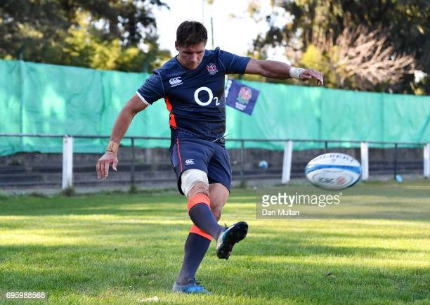 Piers Francis of England practices his goal kicking during a training session at San Isidro Club on June 14 2017 in Buenos Aires Distrito Federal