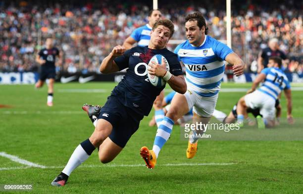 Piers Francis of England scores his sides second try during the International Test match between Argentina and England at Estadio CA Colon on June 17...