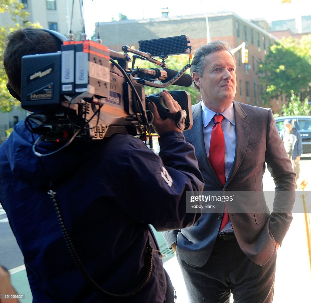 <a gi-track='captionPersonalityLinkClicked' href=/galleries/search?phrase=Piers+Morgan&family=editorial&specificpeople=216509 ng-click='$event.stopPropagation()'>Piers Morgan</a> filming on location for 'Celebrity Apprentice All Stars' on October 16, 2012 in New York City.