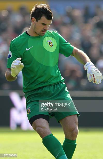 Piet Velthuizen of Vitesse in action during the Dutch Eredivisie match between Feyenoord and Vitesse held on April 21 2013 at the De Kuip Stadion in...