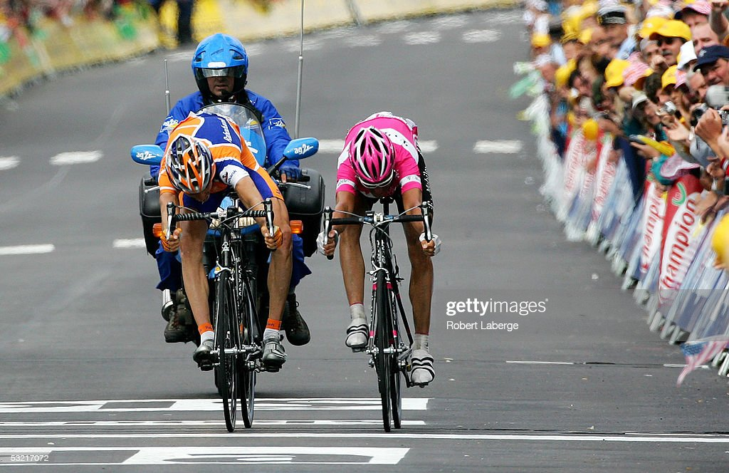 Pieter Weening (L) of the Nederlands riding for the Rabobank cycling team beats Andreas Kloden of Germany riding for the T-Mobile team during stage 8 of the 92nd Tour de France between Pforzheim and Gerardmer on July 9, 2005 in Gerardmer, France.