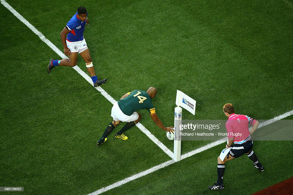JP Pietersen of South Africa scores his teams second try during the 2015 Rugby World Cup Pool B match between South Africa and Samoa at Villa Park on September 26, 2015 in Birmingham, United Kingdom.