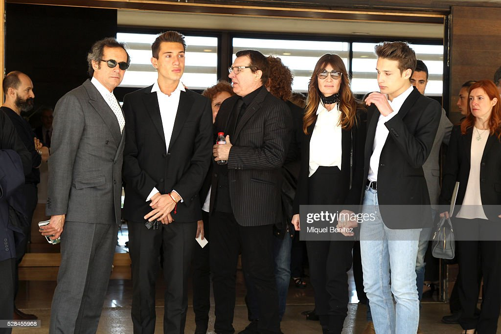 Pietro, Giorgio, Juan Munoz, Silvia Hoffman and Philippo attend Mey Hoffman's funeral at Tanatori Sant Gervasi on May 5, 2016 in Barcelona, Spain.