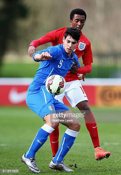 Pietro Pellegri of Italy and Tashan Oakley Booth of England challeneg for the ball during the U16s International Friendly match between England U16...