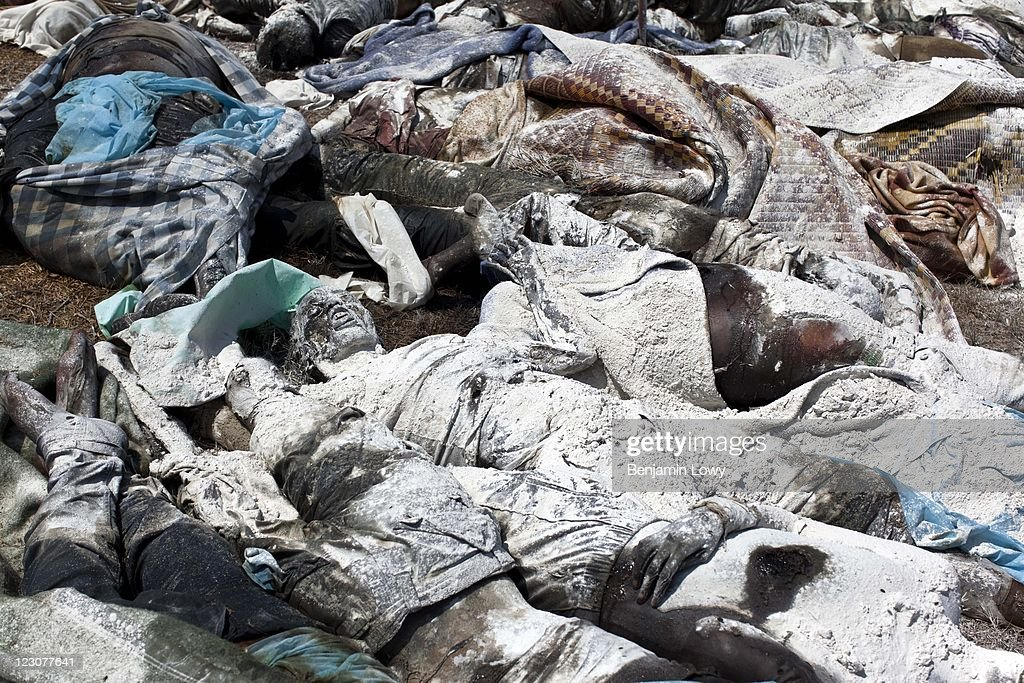Pile Of Bodies : Gallery getty images