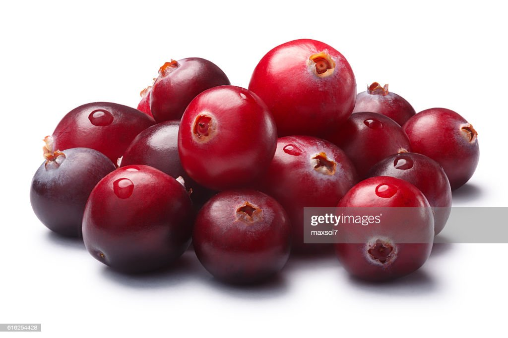 Pile of wild cranberries, clipping paths : Foto de stock