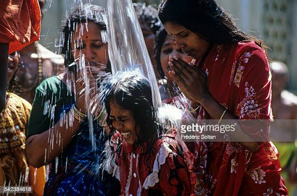 Pilgrims's bath in Rameswaram temple during the Ramalingam Prathastai Festival