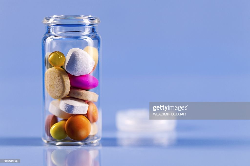 Pills in bottle : Photo