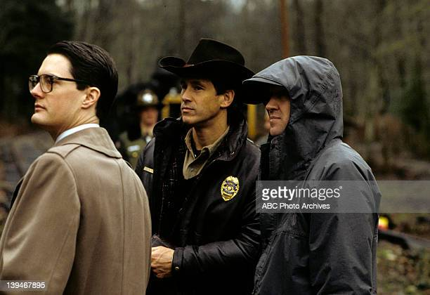 PEAKS Pilot 'Northwest Passage' Airdate April 8 1990 PRODUCTION