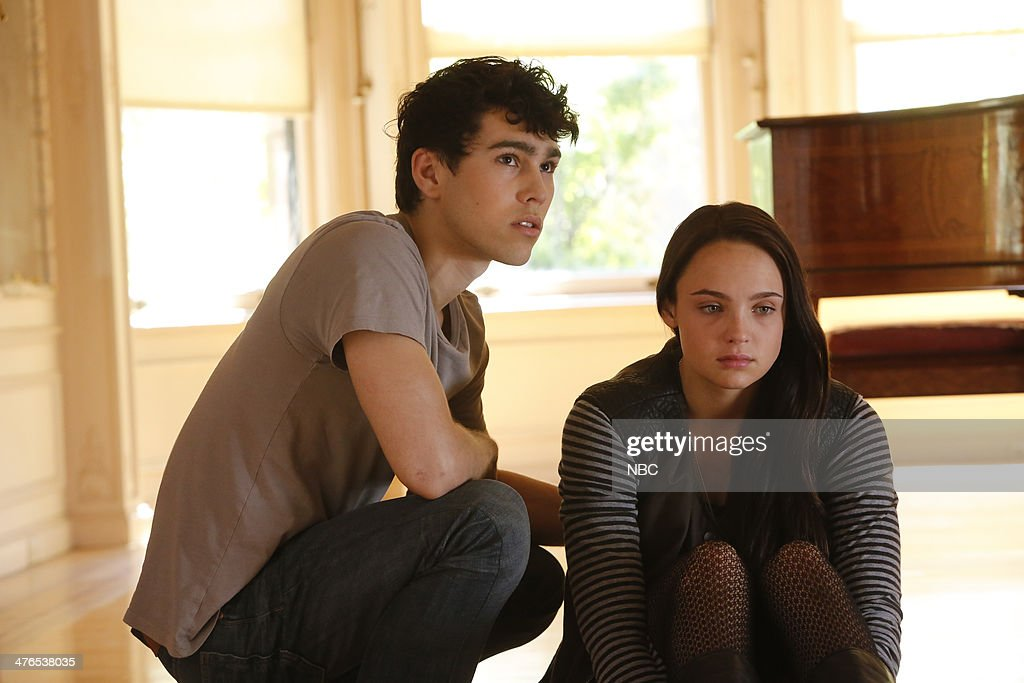 Max Schneider as Ian Martinez Stevie Lynn Jones as Beth Ann Gibson