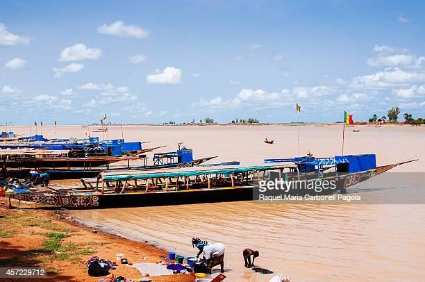 Pinasses at Niger riverbanks