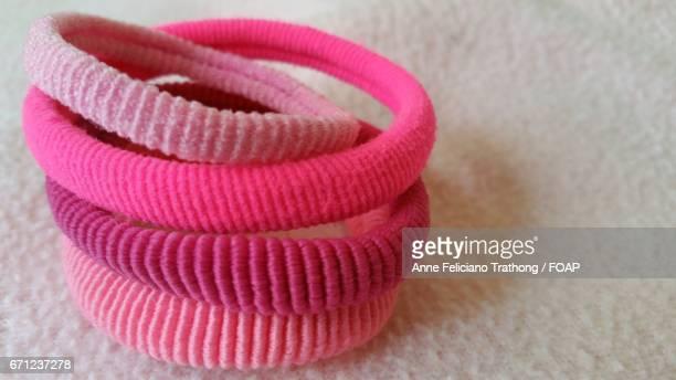 Pink elastic hair bands