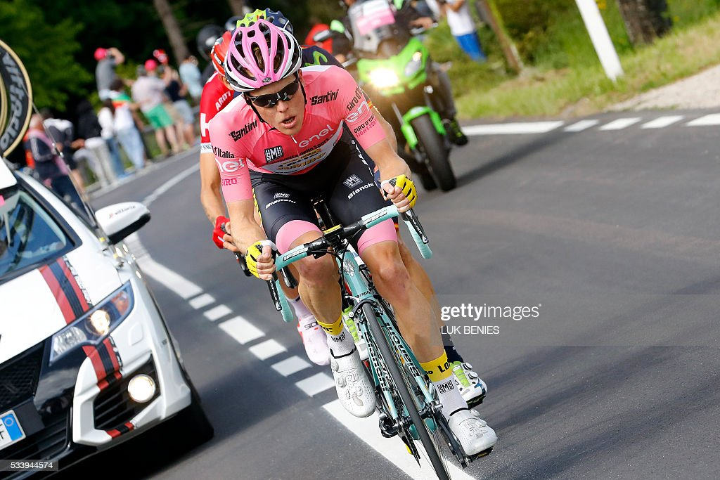 Pink jersey, Dutch Steven Kruijswijk of team Lotto NL rides during the 16th stage of the 99th Giro d'Italia, Tour of Italy, from Bressanone / Brixen to Andalo on May 24, 2016. Dutchman Steven Kruijswijk moved closer to a history-making Giro d'Italia triumph Tuesday after stretching his lead over Esteban Chaves and Vincenzo Nibali in a thrilling 16th stage won by Alejandro Valverde. / AFP / LUK