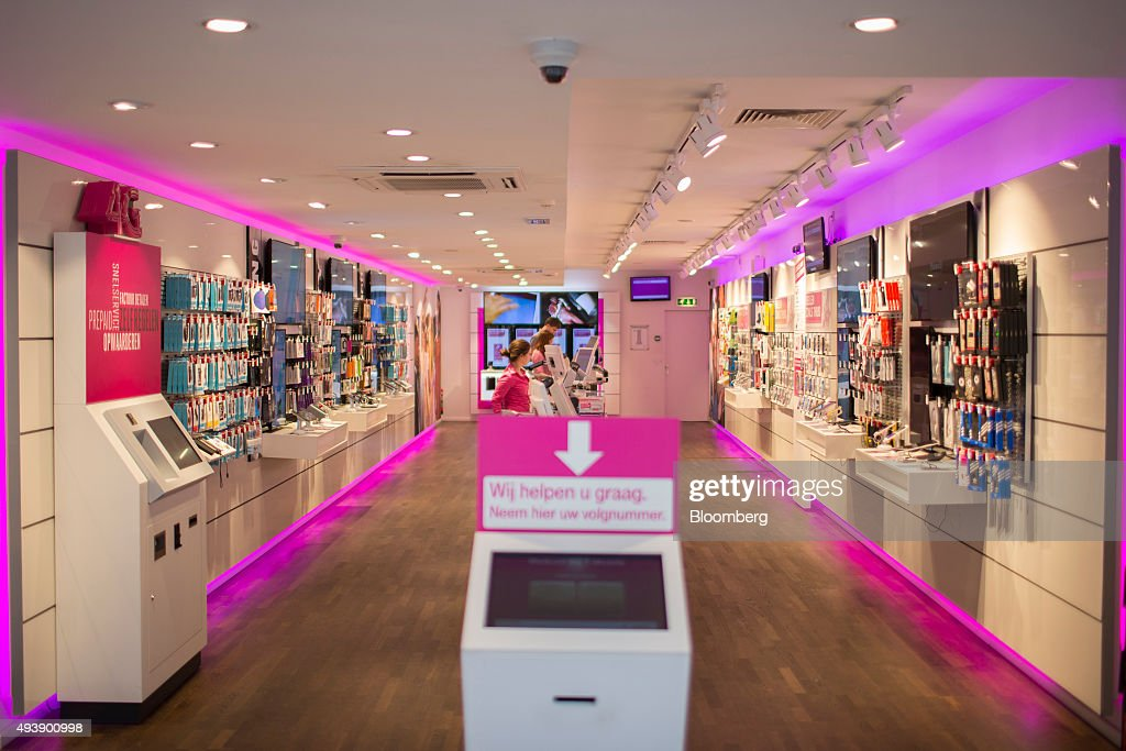 A successful MetroPCS retail mobile phone store in the City of Orange is offered for sale. The store is an EXCLUSIVE DEALER for MetroPCS prepaid wireless provider which is owned by T-Mobile. Asking $65K for MetroPCS Store & $25K Cell Phone Repair (One or both). Price is negotiable at $90K total.