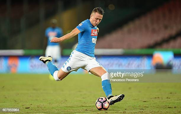 Piotr Zielinski of Napoli in action during the Serie A match between SSC Napoli and Bologna FC at Stadio San Paolo on September 17 2016 in Naples...