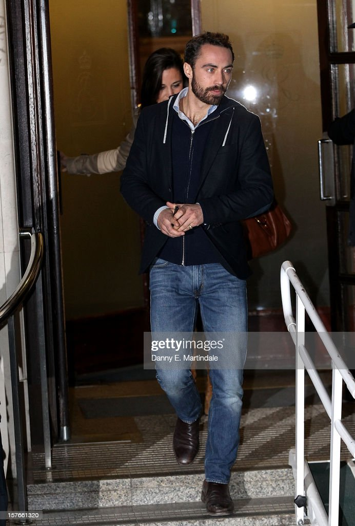 <a gi-track='captionPersonalityLinkClicked' href=/galleries/search?phrase=Pippa+Middleton&family=editorial&specificpeople=4289296 ng-click='$event.stopPropagation()'>Pippa Middleton</a> and her brother James Middleton leave King Edward VII Hospital where their sister Catherine, Duchess of Cambridge is currently undergoing care for pregnancy related issues on December 5, 2012 in London, England.