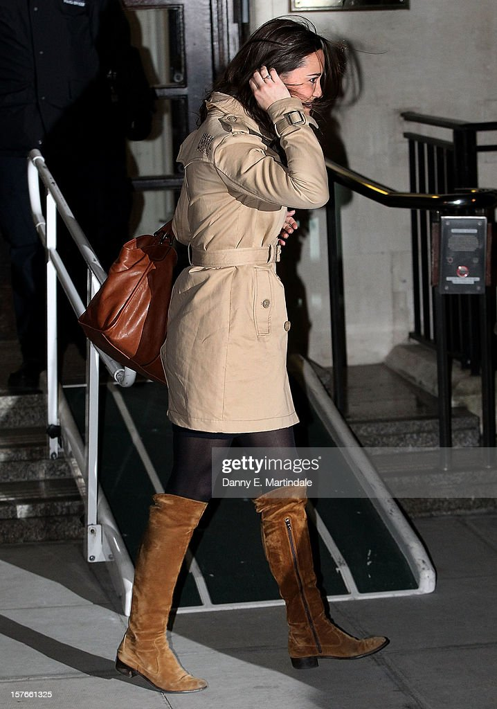 Pippa Middleton leaves King Edward VII Hospital where her sister <a gi-track='captionPersonalityLinkClicked' href=/galleries/search?phrase=Catherine+-+Duchess+of+Cambridge&family=editorial&specificpeople=542588 ng-click='$event.stopPropagation()'>Catherine</a>, Duchess of Cambridge is currently undergoing care for pregnancy related issues on December 5, 2012 in London, England.