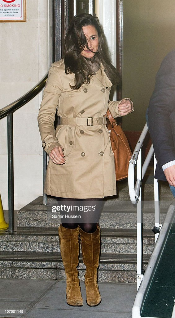 Pippa Middleton leaves the King Edward VII Hospital after visiting <a gi-track='captionPersonalityLinkClicked' href=/galleries/search?phrase=Catherine+-+Hertiginna+av+Cambridge&family=editorial&specificpeople=542588 ng-click='$event.stopPropagation()'>Catherine</a>, Duchess of Cambridge who is being treated for acute morning sickness on December 05, 2012 in London, England.