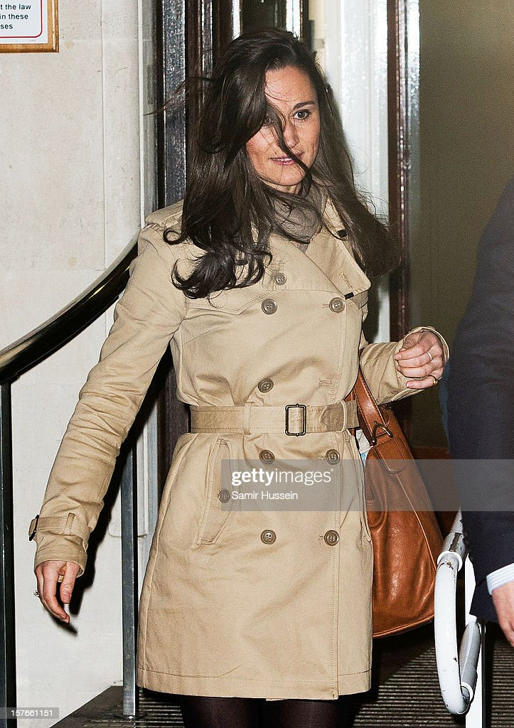 Pippa Middleton leaves the King Edward VII Hospital after visiting Catherine, Duchess of Cambridge who is being treated for acute morning sickness on December 05, 2012 in London, England.