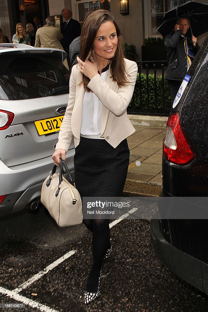 <a gi-track='captionPersonalityLinkClicked' href=/galleries/search?phrase=Pippa+Middleton&family=editorial&specificpeople=4289296 ng-click='$event.stopPropagation()'>Pippa Middleton</a> seen leaving The Vanity Fair lunch party at 34 Grosvenor Square on May 14, 2013 in London, England.