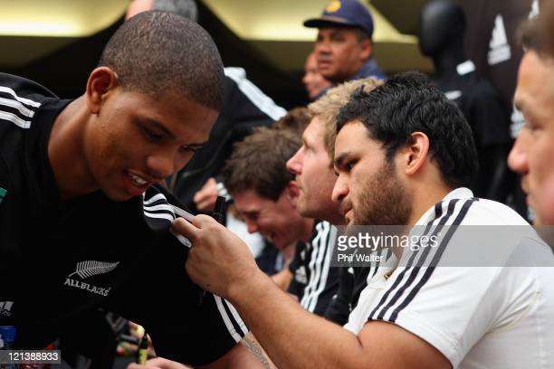 Piri Weepu of the All Blacks signs an autograph during a New Zealand All Blacks signing session at the Greenacres Shopping Mall on August 19 2011 in...