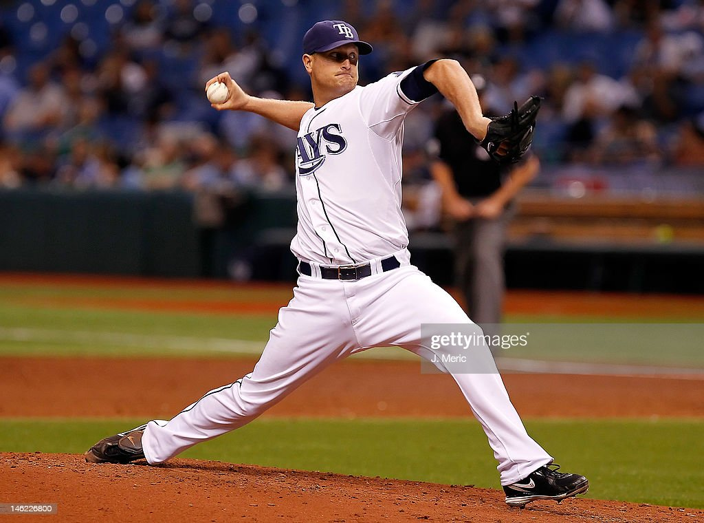 Pitcher <a gi-track='captionPersonalityLinkClicked' href=/galleries/search?phrase=Alex+Cobb&family=editorial&specificpeople=7512114 ng-click='$event.stopPropagation()'>Alex Cobb</a> #53 of the Tampa Bay Rays pitches against the New York Mets during the game at Tropicana Field on June 12, 2012 in St. Petersburg, Florida.