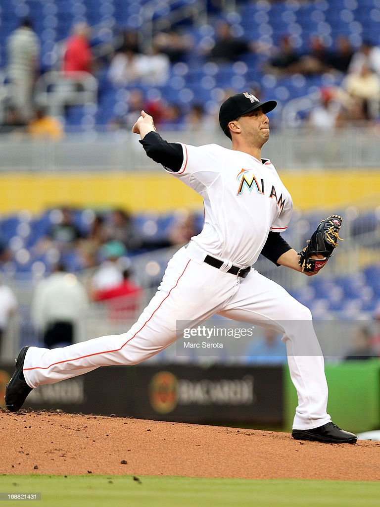 Pitcher Alex Sanabia #28 of the Miami Marlins throws in the first inning against the Cincinnati Reds at Marlins Park on May 15, 2013 in Miami, Florida.