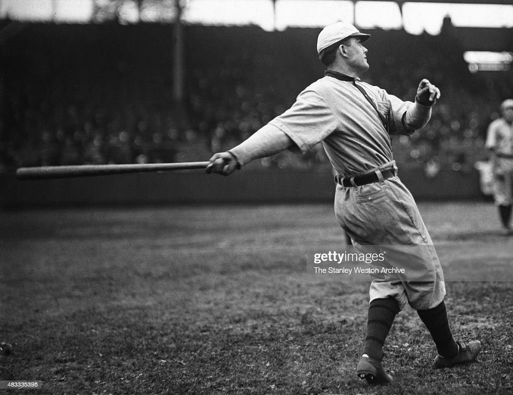 Pitcher Babe Adams of the Pittsburgh Pirates swings the bat circa 1907-1926 in Pittsburgh, Pennsylvania.