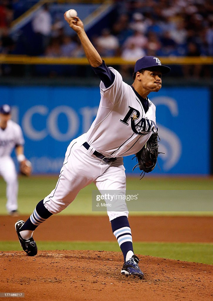 Pitcher Chris Archer #22 of the Tampa Bay Rays pitches against the New York Yankees during the game at Tropicana Field on August 23, 2013 in St. Petersburg, Florida.
