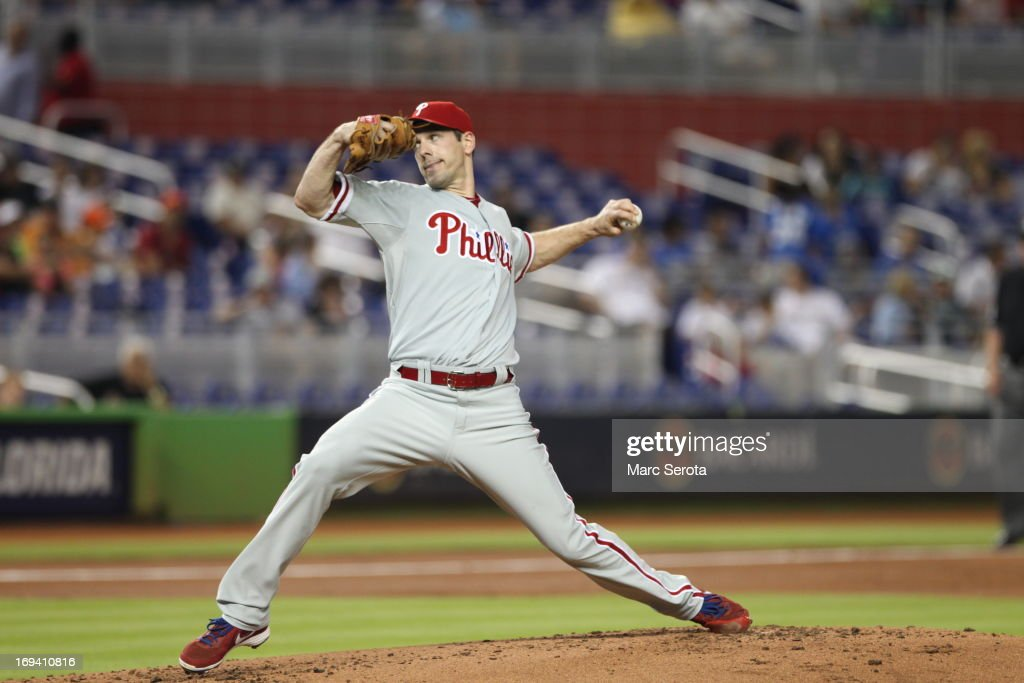 Pitcher <a gi-track='captionPersonalityLinkClicked' href=/galleries/search?phrase=Cliff+Lee&family=editorial&specificpeople=218092 ng-click='$event.stopPropagation()'>Cliff Lee</a> #33 of the Philadelphia Phillies throws against the Miami Marlins at Marlins Park on May 22, 2013 in Miami, Florida. The Marlins defeated the Phillies 3-0.