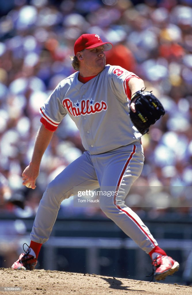 Pitcher Curt Schilling of the Philadelphia Phillies pitches during an MLB game on May 29 2000 against the San Francisco Giants at Pacific Bell Park...