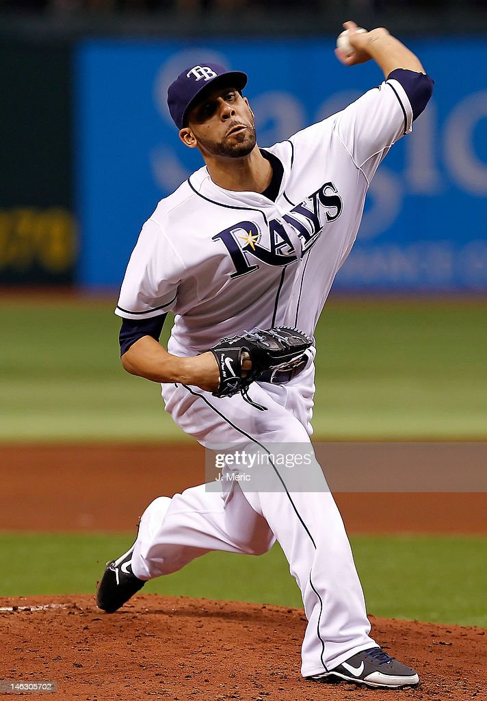 Pitcher <a gi-track='captionPersonalityLinkClicked' href=/galleries/search?phrase=David+Price+-+Baseball+Player&family=editorial&specificpeople=4961936 ng-click='$event.stopPropagation()'>David Price</a> #14 of the Tampa Bay Rays pitches against the New York Mets during the game at Tropicana Field on June 13, 2012 in St. Petersburg, Florida.