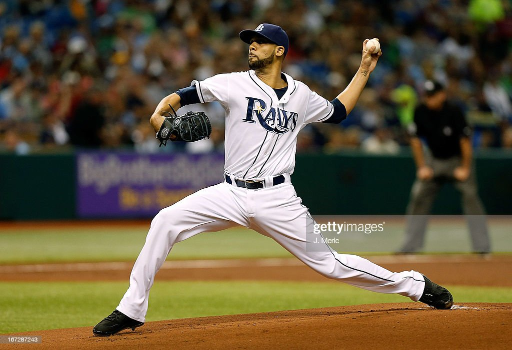 Pitcher <a gi-track='captionPersonalityLinkClicked' href=/galleries/search?phrase=David+Price+-+Baseball+Player&family=editorial&specificpeople=4961936 ng-click='$event.stopPropagation()'>David Price</a> #14 of the Tampa Bay Rays pitches against the New York Yankees during the game at Tropicana Field on April 23, 2013 in St. Petersburg, Florida.
