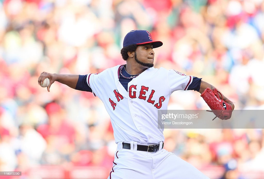 Pitcher <a gi-track='captionPersonalityLinkClicked' href=/galleries/search?phrase=Ervin+Santana&family=editorial&specificpeople=243096 ng-click='$event.stopPropagation()'>Ervin Santana</a> #54 of the Los Angeles Angels of Anaheim pitches during their MLB game against the Los Angeles Dodgers at Angel Stadium of Anaheim on July 3, 2011 in Anaheim, California. The Angels defeated the Dodgers 3-1.
