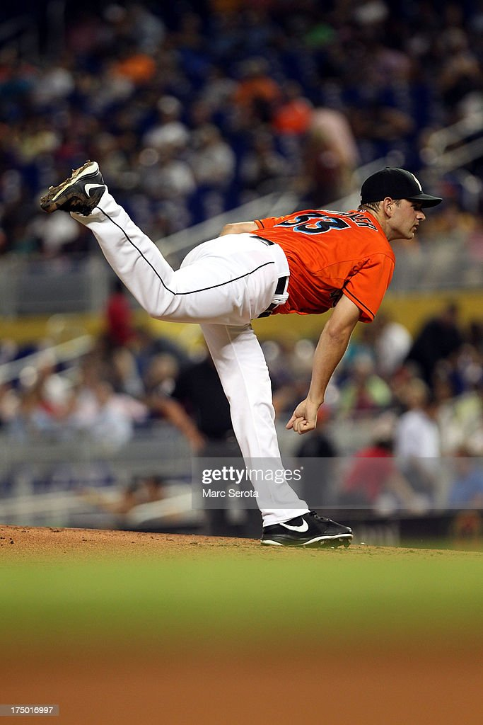 Pitcher <a gi-track='captionPersonalityLinkClicked' href=/galleries/search?phrase=Jacob+Turner&family=editorial&specificpeople=6265113 ng-click='$event.stopPropagation()'>Jacob Turner</a> #33 of the Miami Marlins throws against the New York Mets at Marlins Park on July 29, 2013 in Miami, Florida.