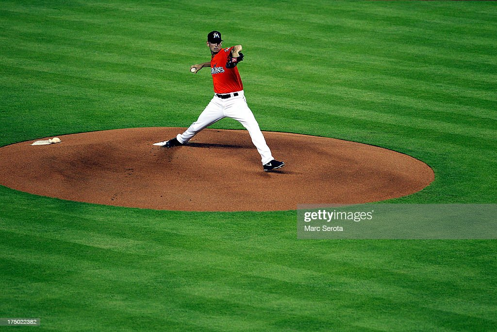 Pitcher <a gi-track='captionPersonalityLinkClicked' href=/galleries/search?phrase=Jacob+Turner&family=editorial&specificpeople=6265113 ng-click='$event.stopPropagation()'>Jacob Turner</a> #33 of the Miami Marlins throws against the New York Mets at Marlins Park on July 29, 2013 in Miami, Florida. The Mets defeated the Marlins 6-5.