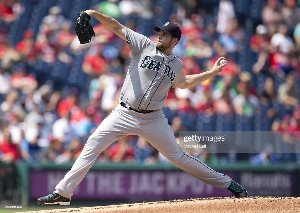 Pitcher <a gi-track='captionPersonalityLinkClicked' href=/galleries/search?phrase=James+Paxton+-+Baseball+Player&family=editorial&specificpeople=13511878 ng-click='$event.stopPropagation()'>James Paxton</a> #65 of the Seattle Mariners throws a pitch in the bottom of the first inning against the Philadelphia Phillies on August 20, 2014 at Citizens Bank Park in Philadelphia, Pennsylvania.