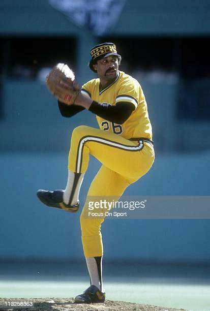 Pitcher Jim Bibby of the Pittsburgh Pirates pitches against the Philadelphia Phillies during a Major League Baseball game circa 1979 at Veterans...