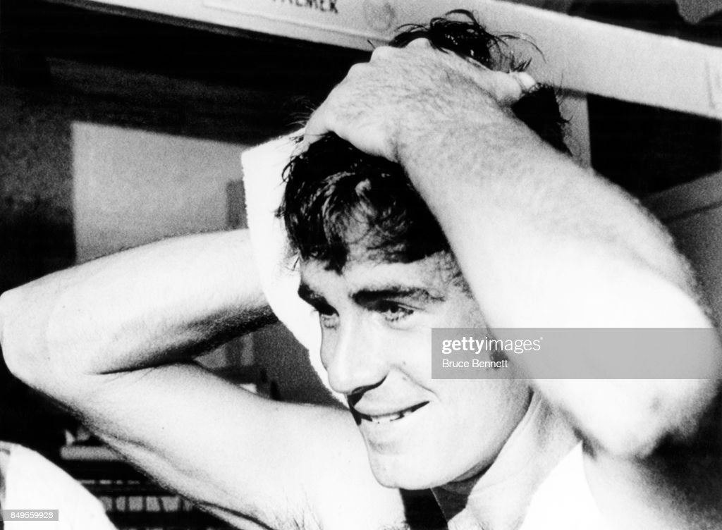 Pitcher Jim Palmer #22 of the Baltimore Orioles dries off after working out before Game 6 of the 1971 World Series against the Pittsburgh Pirates on October 15, 1971 at Memorial Stadium in Baltimore, Maryland.