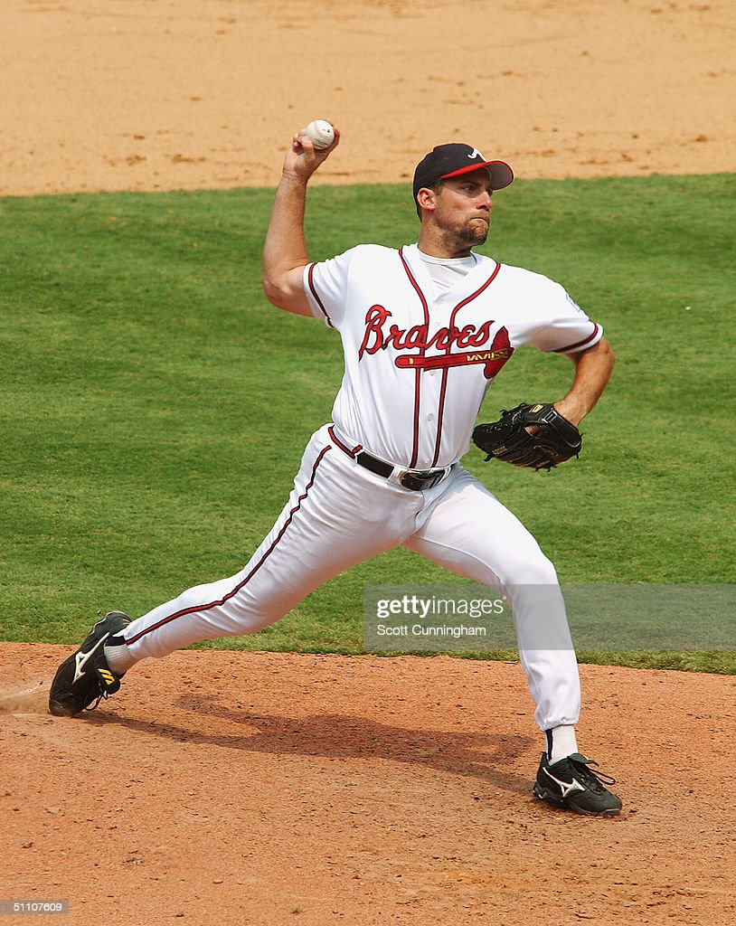 Pitcher John Smoltz of the Atlanta Braves works against the Pittsburgh Pirates during the National Baseball League game between the Pittsburgh...