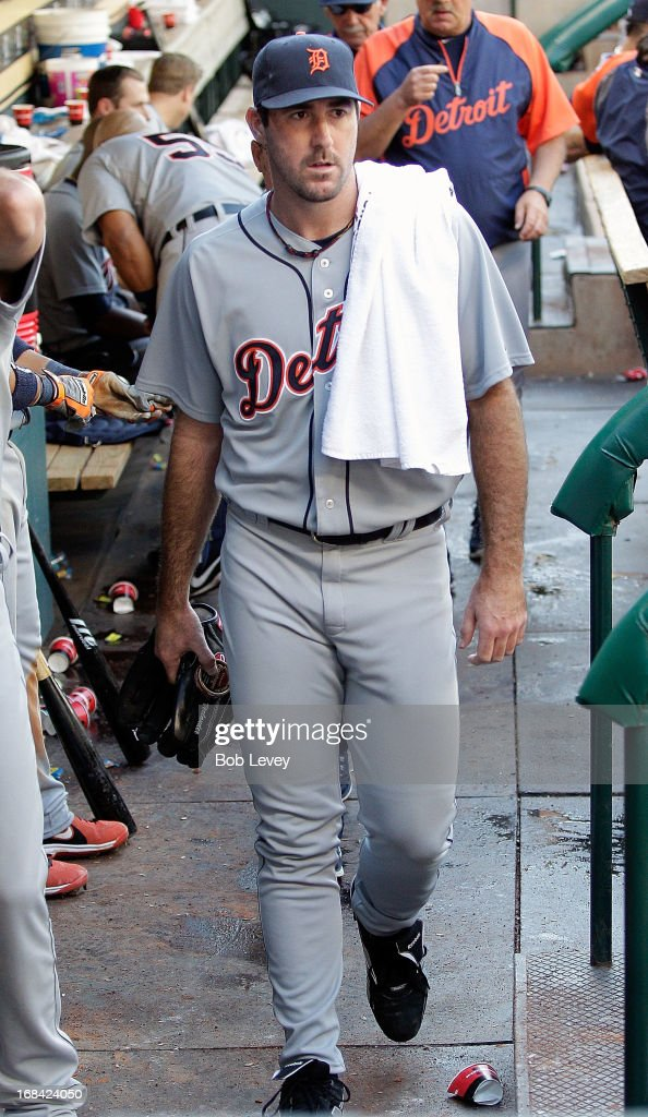 Pitcher <a gi-track='captionPersonalityLinkClicked' href=/galleries/search?phrase=Justin+Verlander&family=editorial&specificpeople=556723 ng-click='$event.stopPropagation()'>Justin Verlander</a> #35 of the Detroit Tigers throws against the Houston Astros at Minute Maid Park on May 5, 2013 in Houston, Texas. Verlander threw a no-hitter into the seventh inning.