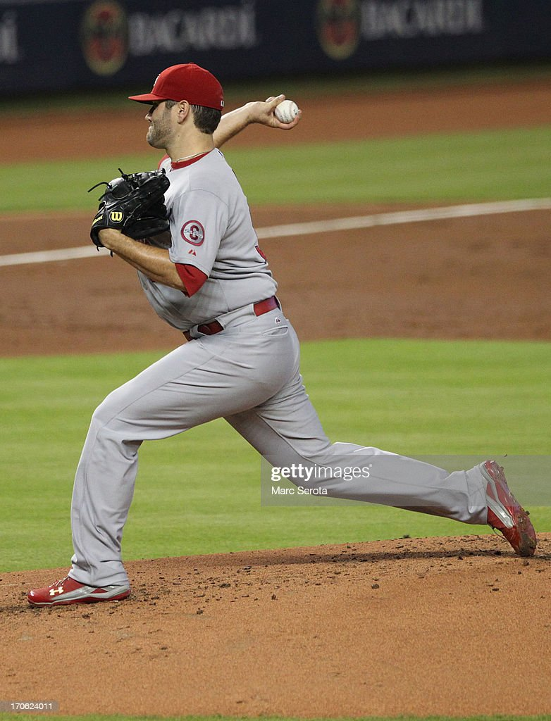 Pitcher <a gi-track='captionPersonalityLinkClicked' href=/galleries/search?phrase=Lance+Lynn&family=editorial&specificpeople=6800756 ng-click='$event.stopPropagation()'>Lance Lynn</a> #31 of the St. Louis Cardinals throws against the Miami Marlins during the first inning at Marlins Park on June 15, 2013 in Miami, Florida.