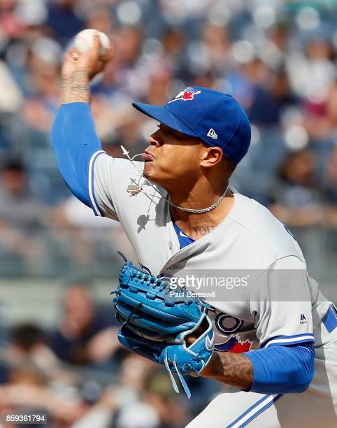 Pitcher Marcus Stroman of the Toronto Blue Jays pitches in an MLB baseball game against the New York Yankees on September 30 2017 at Yankee Stadium...