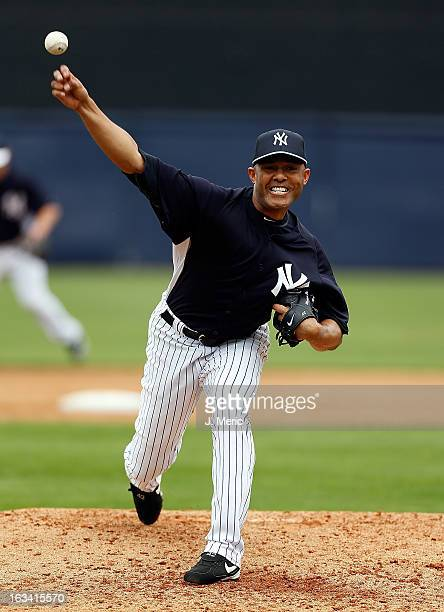 Pitcher Mariano Rivera of the New York Yankees pitches against the Atlanta Braves during a Grapefruit League Spring Training Game at George M...