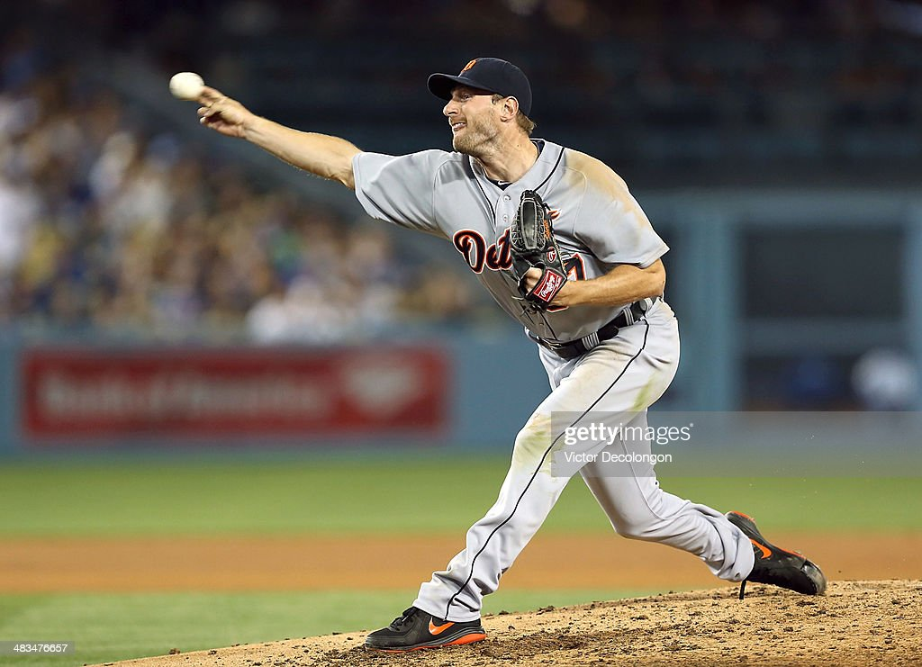 Pitcher <a gi-track='captionPersonalityLinkClicked' href=/galleries/search?phrase=Max+Scherzer&family=editorial&specificpeople=594071 ng-click='$event.stopPropagation()'>Max Scherzer</a> #37 of the Detroit Tigers pitches against the Los Angeles Dodgers during the MLB game at Dodger Stadium on April 8, 2014 in Los Angeles, California. The Dodgers defeated the Tigers 3-2 in 10 innings.