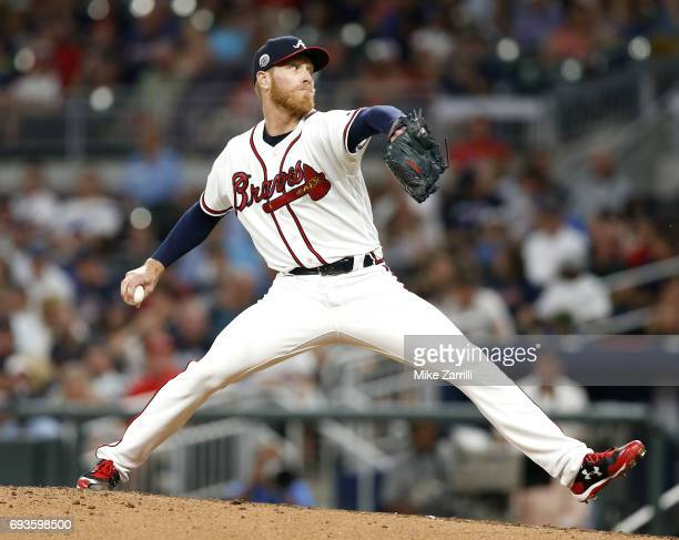 Pitcher Mike Foltynewicz of the Atlanta Braves throws a pitch in the fifth inning during the game against the Philadelphia Phillies at SunTrust Park...